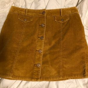 Velvet buttoned mini skirt